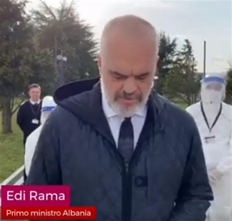 L'Albania invia medici e infermieri all'Italia