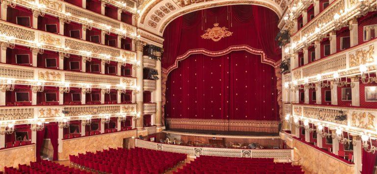 Il Teatro San Carlo entra nelle case degli italiani