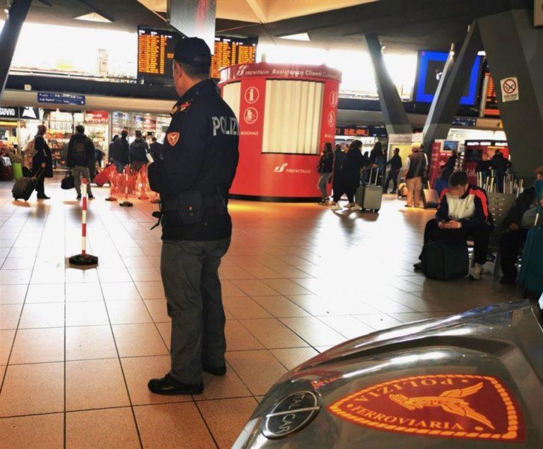 """Napoli, controlli Stazione: """"Passeggeri con la febbre"""""""