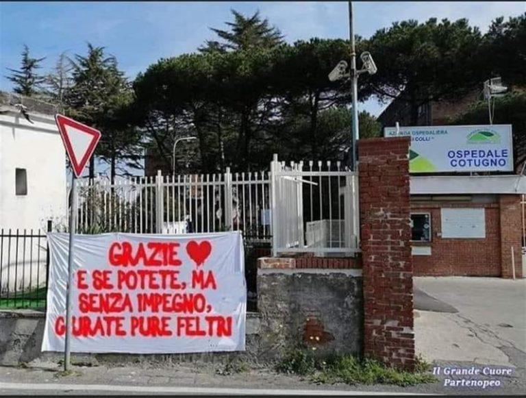 """Salvini, già condannato per razzismo, scarica il direttore di Libero: """"Una cazzata"""". La vera preoccupazione? I sondaggi. Al Cotugno spunta lo striscione: """"Se potete curate pure Feltri"""""""