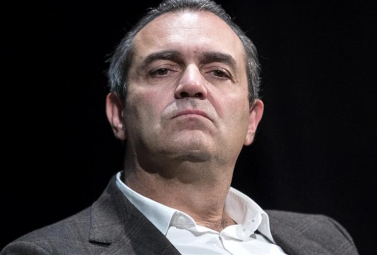Il sindaco de Magistris si schiera contro il divieto di cosegne di cibo a domicilio