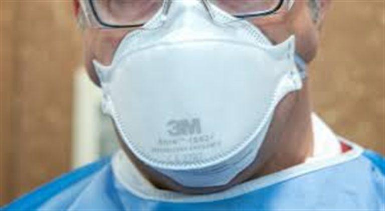 Coronavirus può viaggiare nell'aria: le mascherine potrebbero essere obbligatorie