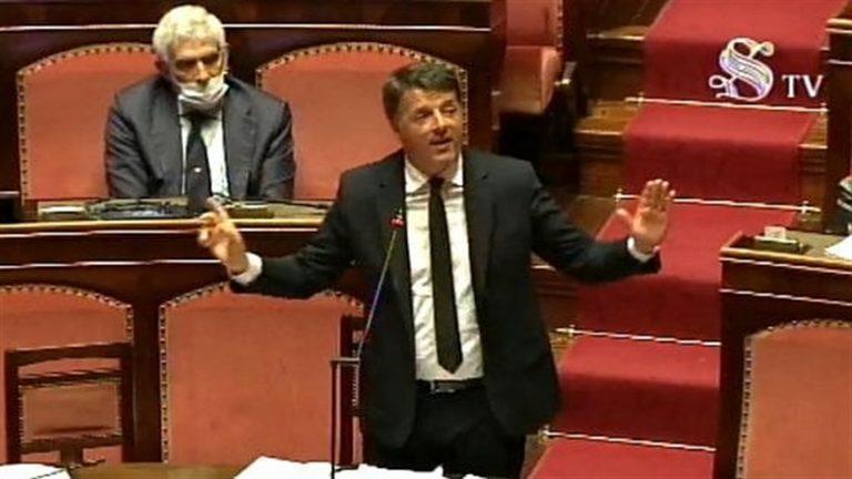 """Renzi choc: """"I morti di Bergamo ci chiederebbero di ripartite anche per loro"""""""