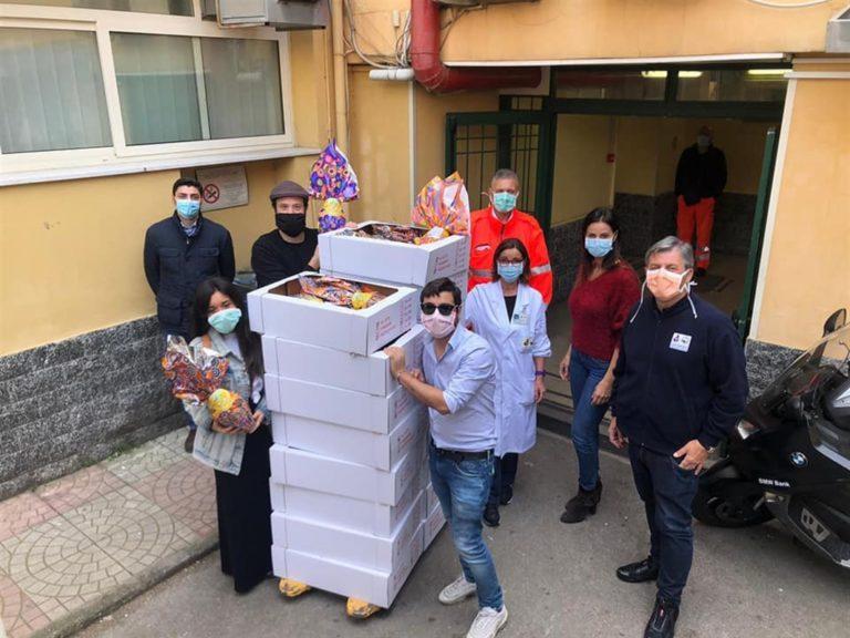 Distribuite uova di Pasqua