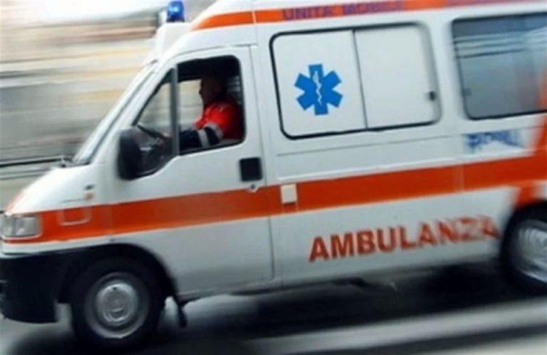 """Napoli: minacce a equipaggio 118, """"spegni sirene o ti sparo"""""""