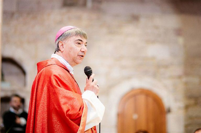 """L'arcivesco Battaglia: """"La Chiesa di Napoli un piccolo contributo alle spese"""" delle famiglie non residenti dei bambini lungodegenti"""