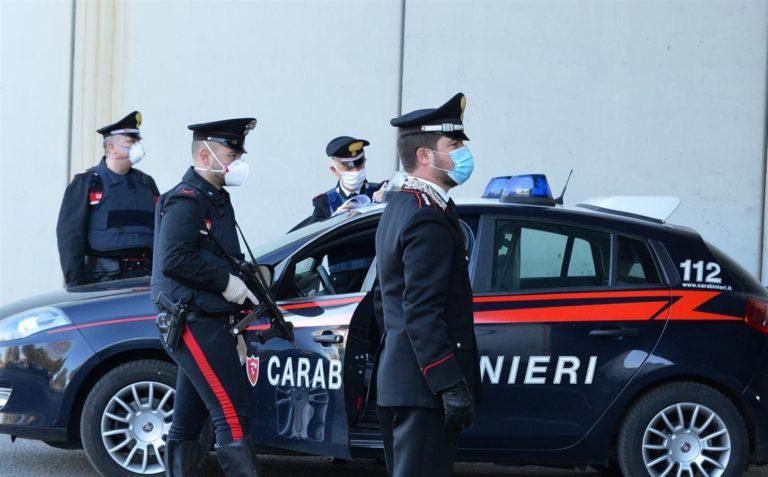 La grande truffa: con un inganno 'spillano' 2200 euro ad anziana: due arresti