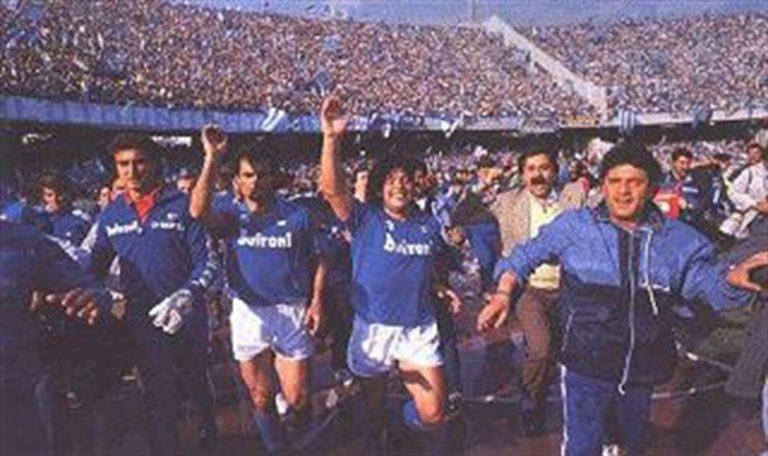 """Maradona scrive: """"Il primo scudetto, il primo amore. Eternamente napoletano!"""""""