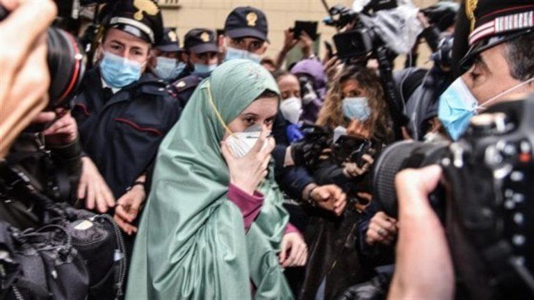 Minacce via social a Silvia Romano, indaga la Procura