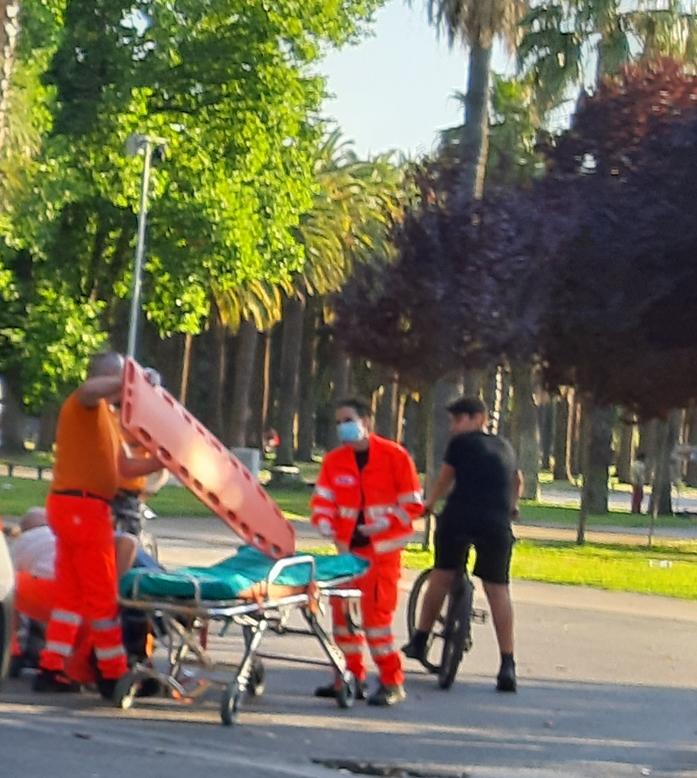 """Mostra d'Oltremare, scontro tra ciclisti: bimbo ricoverato. La richiesta: """"Adottare un regolamento e istituire percorsi per le due ruote"""""""