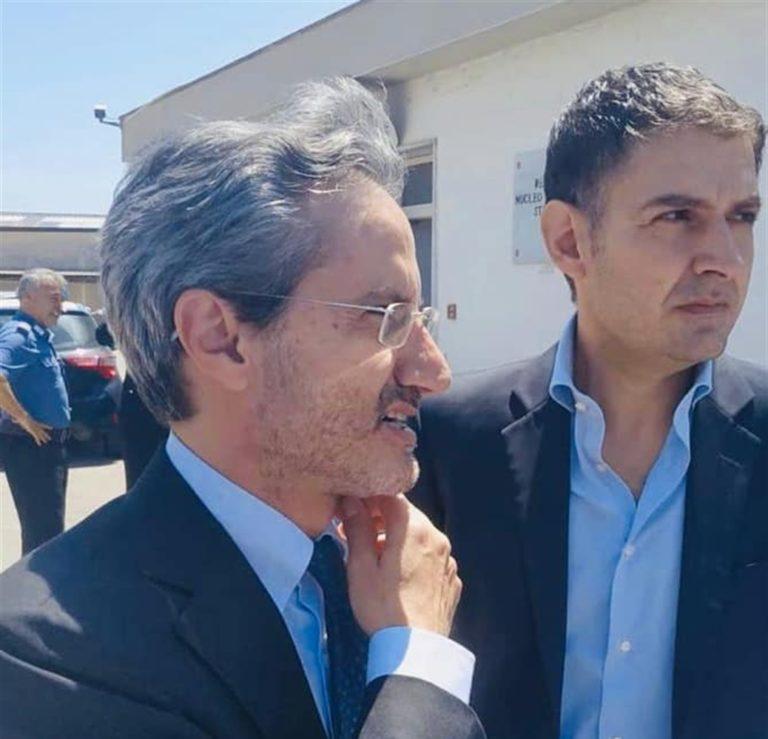 Gli avvoltoi elettorali su Mondragone: Dove ci sono le telecamere ecco sfilare Caldoro, Salvini e simili