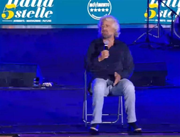 Torna Beppe Grillo per blindare il premier Conte e cementificare l'alleanza con il Pd di Zingaretti