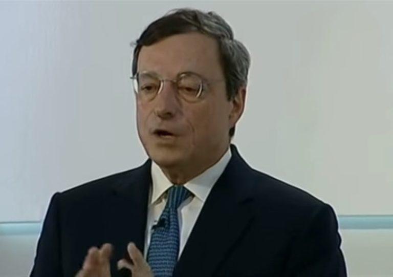 """Draghi detta la ricetta anticovid: """"Test di massa e vaccino"""""""