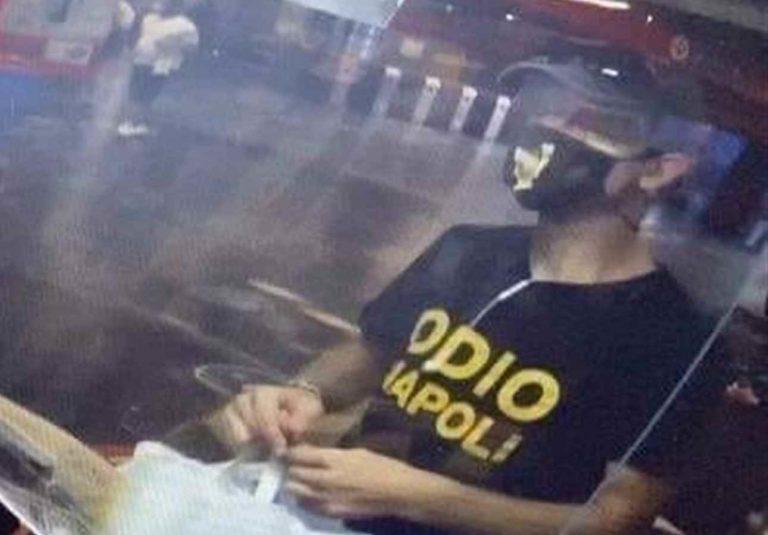 """""""Odio Napoli"""", la maglietta della vergogna"""