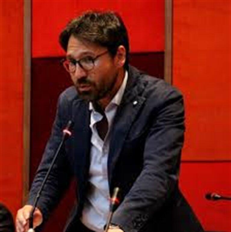 """Arienzo (Pd) risponde a de Magistris:""""Il mio partito è all'opposizione da 9 anni"""""""