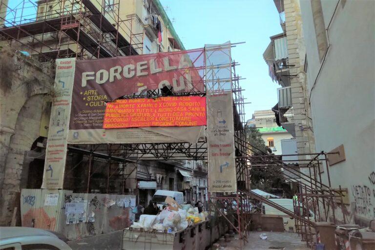 Rione Forcella, dopo 40 anni ancora i puntelli del terremoto del 23 novembre