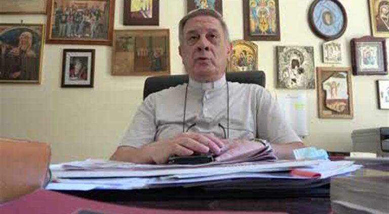 """Il parroco del Duomo, Don Enzo Papa: """"Si sciolga il cuore dell'uomo, affidiamo a San Gennaro questa bella intenzione. Preghiamo per i medici e gli infermieri"""""""