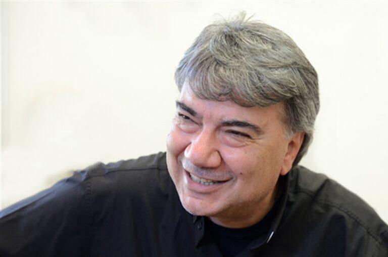 """Don Mimmo Battaglia, nuovo vescovo di Napoli: """"Lotterò per giustizia, onestà e lavoro. Verrò tra voi come fratello"""""""