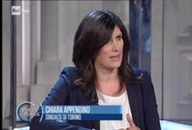 """L'appello dopo la condanna del sindaco Appendino: """"Revisione del Testo unico degli Enti Locali"""""""