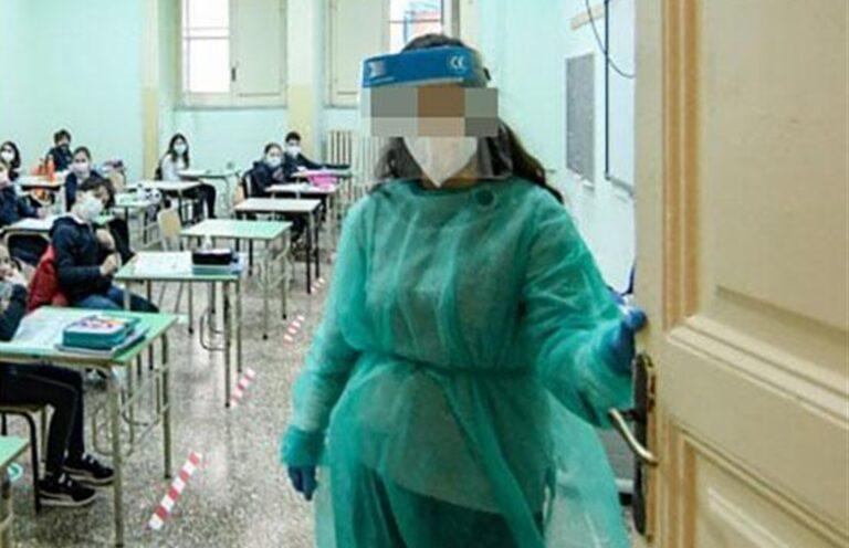 Scuola, nuovi contagi a Napoli