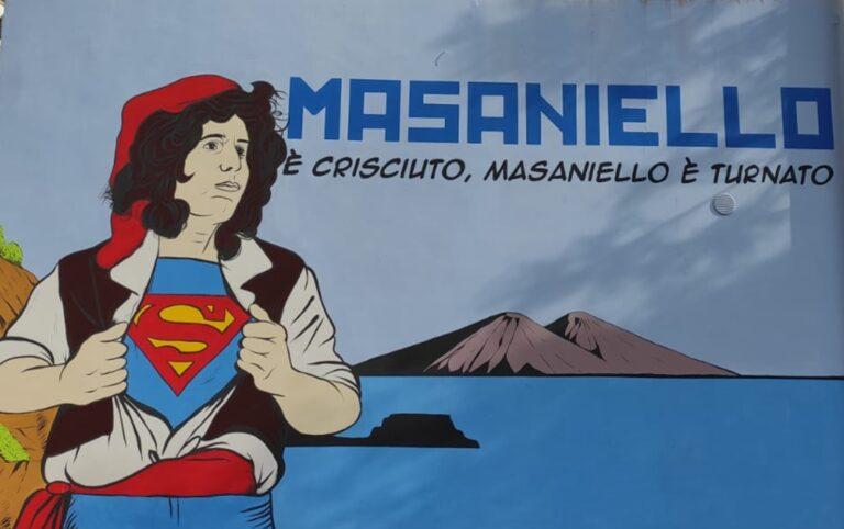 """Il murales di Luca Carnevale """"Masaniello è crisciuto, masaniello è turnato"""""""