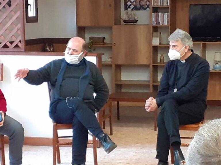 Visita a sorpresa al carcere di Poggioreale del nuovo Arcivescovo di Napoli Mimmo Battaglia. Domani  un pellegrinaggio simbolico nelle 'periferie esistenziali' della città e poi la messa d'insediamento