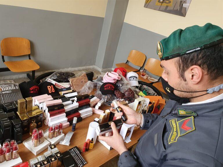 Contraffazione: migliaia di articoli sequestrati dalla Guardia di Finanza