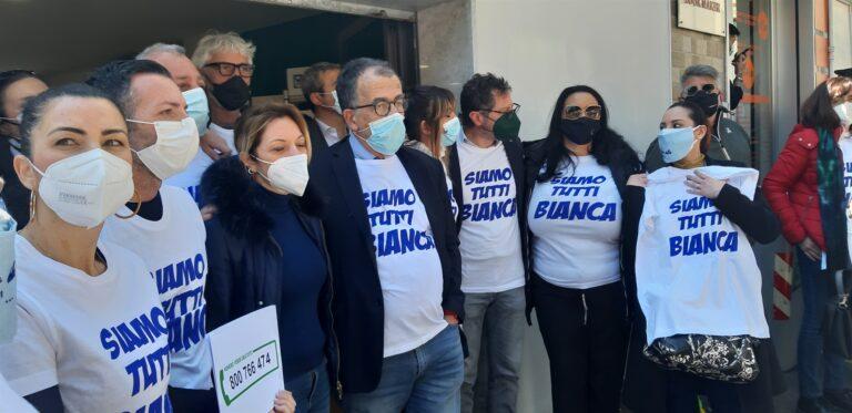 """Flash mob bomba ai Colli Aminei, senatore Ruotolo: """"Dar vita a 'Comitati di liberazione' dalla camorra"""""""