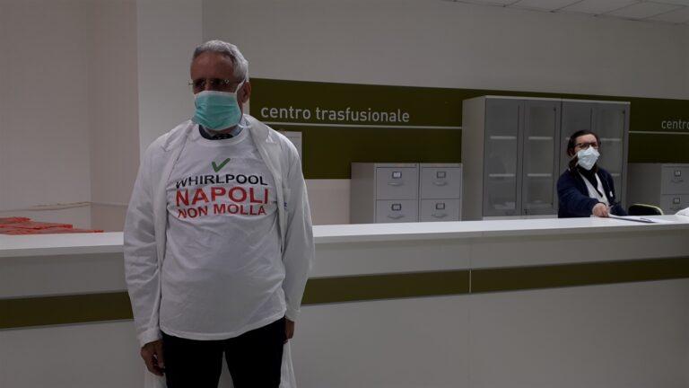 Whirlpool, i lavoratori donano il sangue