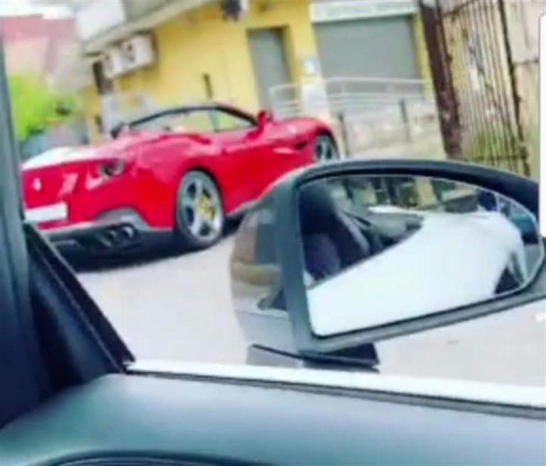 Arzano, comunione in Ferrari, Lamborghini e festa con i neomelodici. La denuncia di Ruotolo e Mancuso
