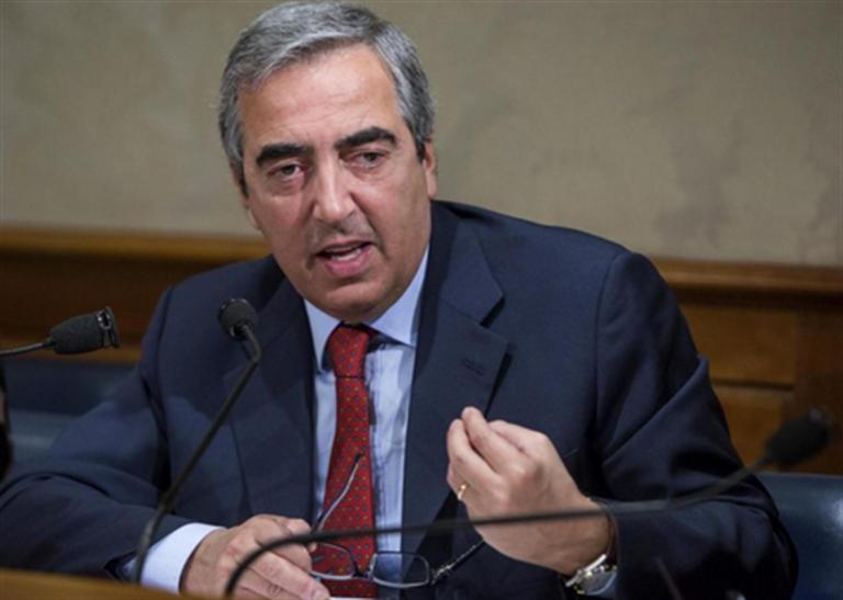"""Forza Italia dà picche a Maresca. Senatore Gasparri: """"Abbiamo una storia, i simboli non si nascondono"""""""