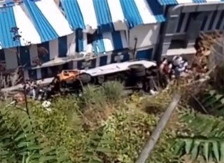 Precipita minubus a Capri: morto l'autista e 28 passeggeri feriti c'è anche un bambino